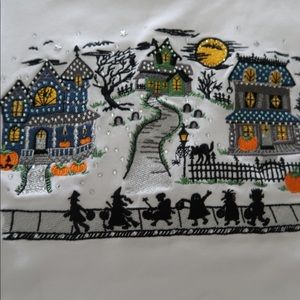 Quacker Factory Halloween scary street top New